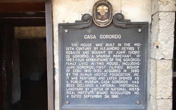 Casa Gorordo entrance