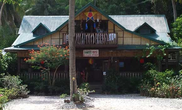 Philippine Native House Design Bamboo http://jeepneyguide.com/places-stay-puerto-galera